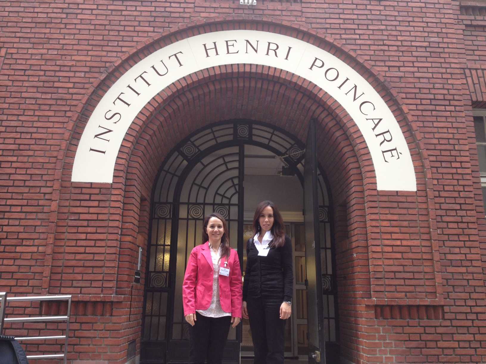 Neyre presented her doctoral work at the Applied Mathematics Institute of France (Institut Henri Poincare, Paris)